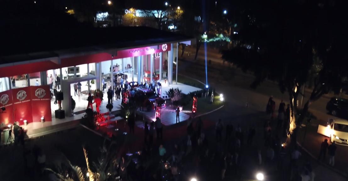 Lanzamiento oficial de Morris Garages en Paraguay
